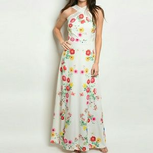 Dresses & Skirts - Crochet Strap Print Floral Maxi Halter Dress
